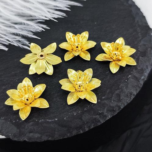 Металлические лилии, цвет жёлтое золото 15*7мм