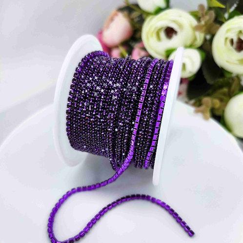 Стразовая цепь ~ Темно пурпурная в фиолетовой оправе 2мм (10см)