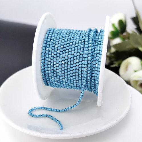 Стразовая цепь ~ Голубая матовая в оправе в тон 1,4мм (10см)