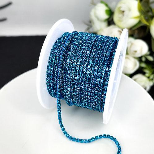 Стразовая цепь ~ Лазурно голубая оправе в тон 2мм (10см)