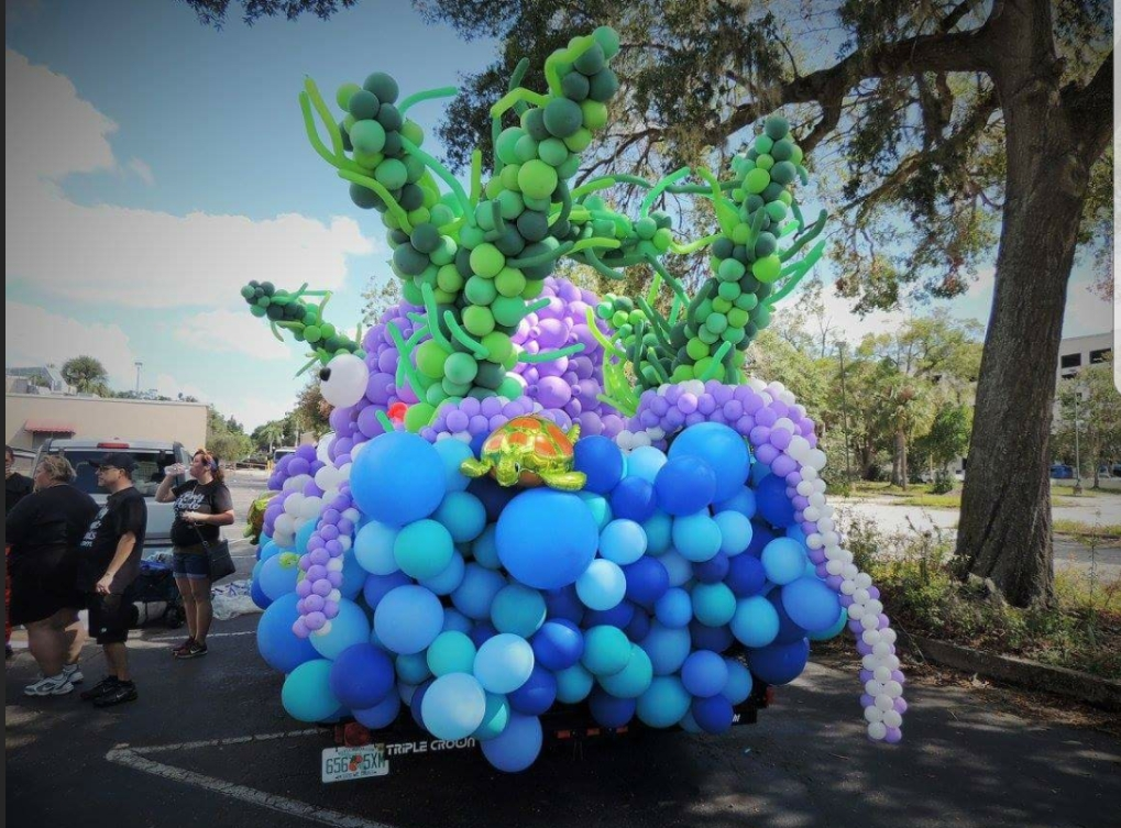 Orlando Float 2