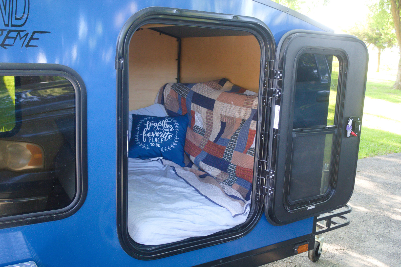 Country Outbound Camper Rental Entry