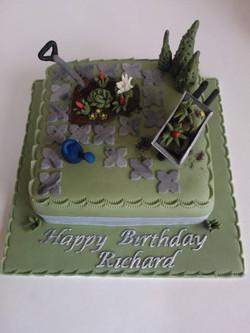 Greenfingered coffee and walnut cake!