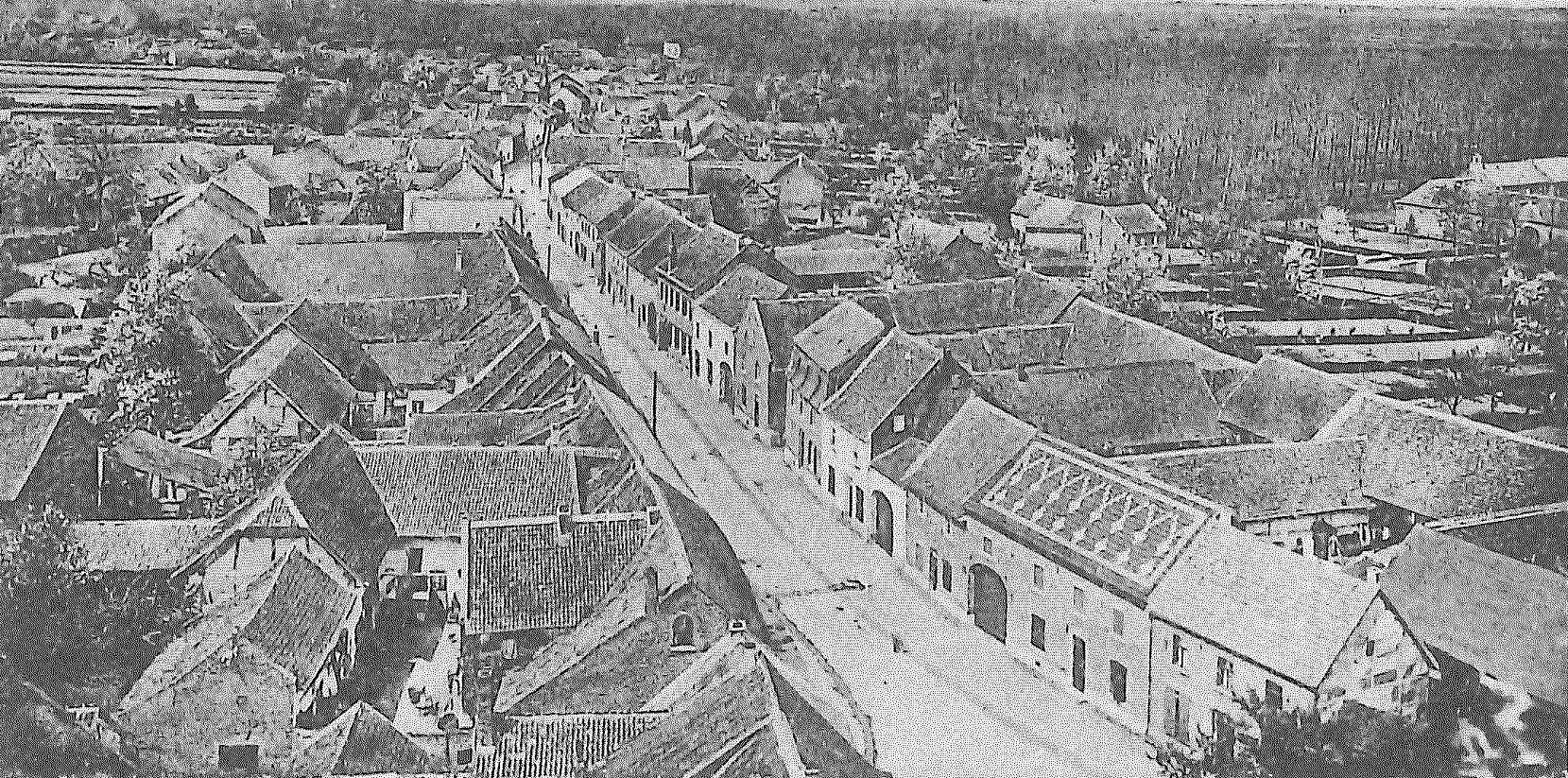 Foto Hauptstrasse von oben