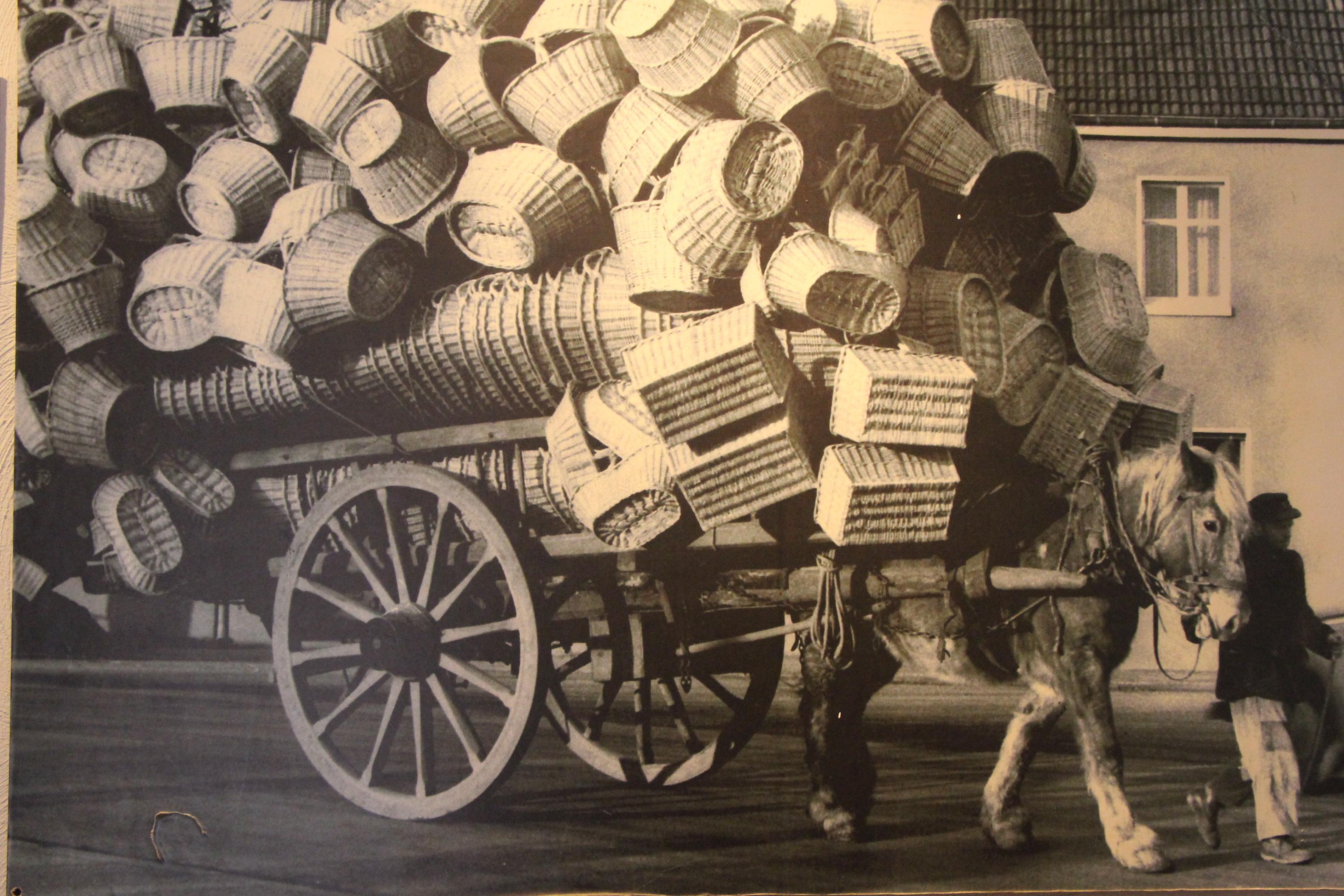Korbwarenversand mit dem Pferdewagen