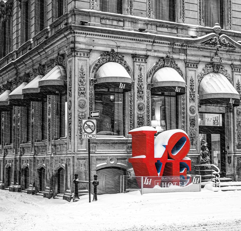 slider-old-montreal-love-shaune-thompson.jpg