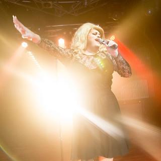 Feminem as Adele