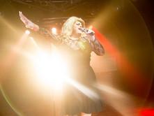 Adele Impersonator