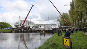 15 mei Gerrit Krolbrug zwaar beschadigd na aanvaring met schip