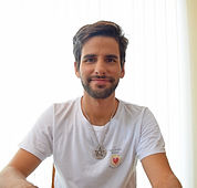Perfil-MM_edited.jpg