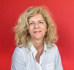Susanne Zuur red.jpg