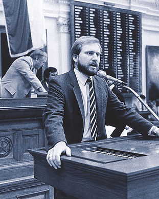 BillKeese_Legislature_Beard_RTOHQMA17-Sm