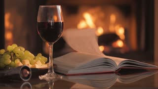 videoblocks-cinemagraph-red-wine-glass-w
