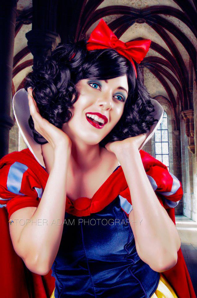 Snow White Classic Detail.jpg