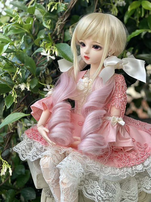 "Lola Wig in Blonde Blush 8.5-9"""