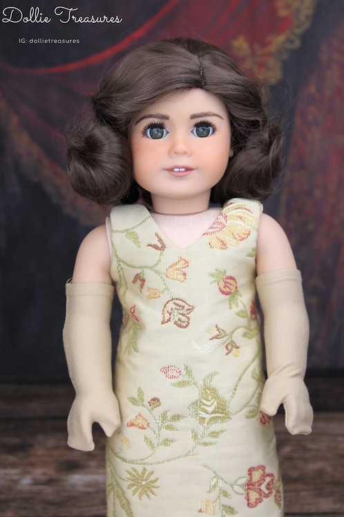 """Betty in Chestnut Brown 11"""""""