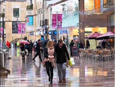 讀者英國分享: 英國人雨天不愛打傘