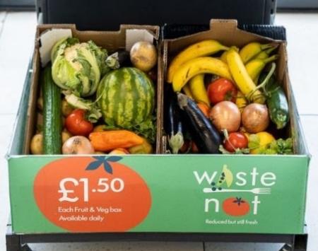 £1.5英鎊的「蔬果箱」