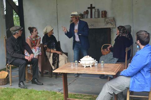Plusieurs scénettes ont été jouées par les comédiens des Nuits du Marais