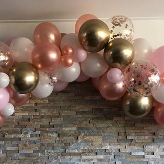 Rose gold, pink and gold balloon garland