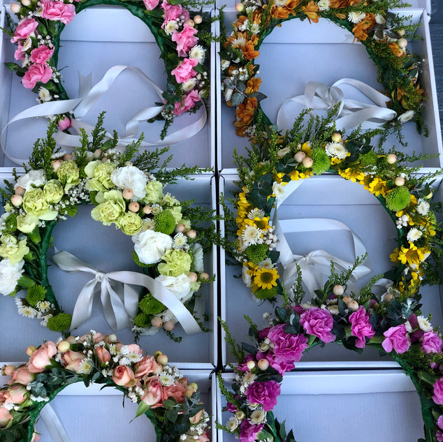 flower crowns in boxes