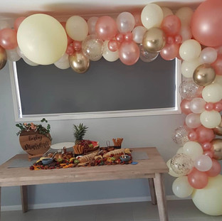 baby shower rose gold balloon garland