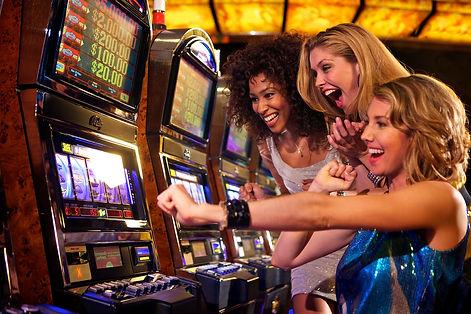 play-slot-machines.jpg