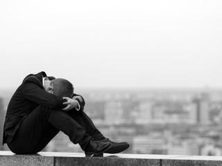 Depresión en esclerosis múltiple: por razones psicosociales.