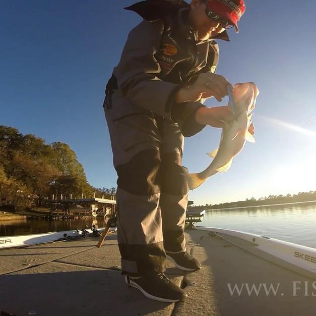 Jerkbait Fishing in the Winter on Lake LBJ