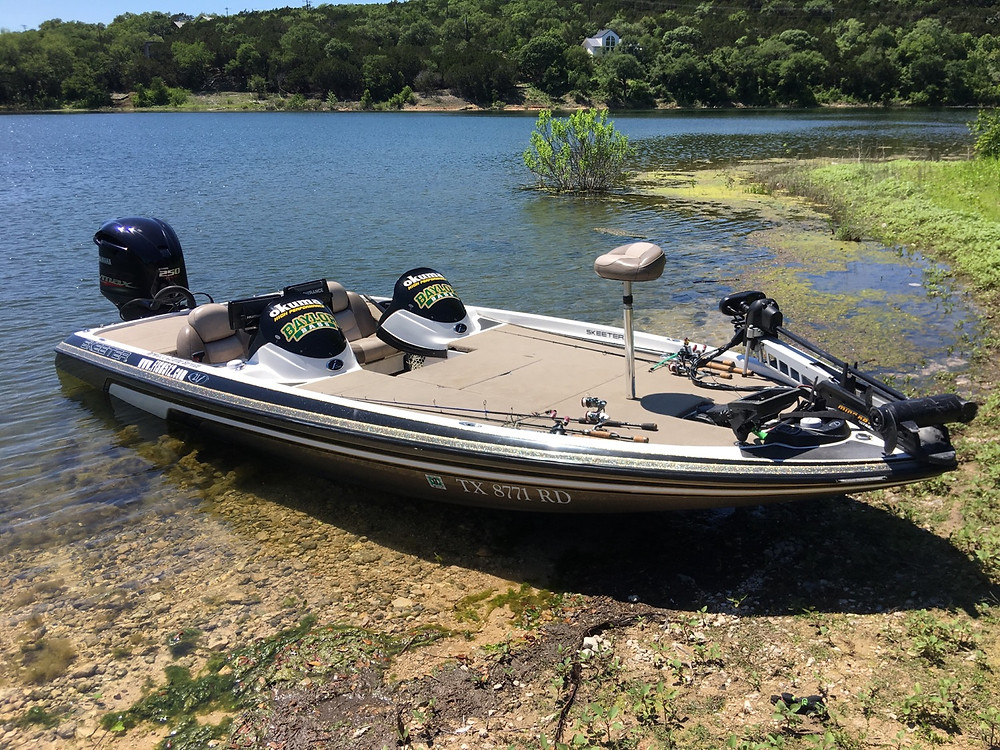 21 foot Skeeter bass boat you will be fishing from!