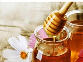 Φυσικά, πρακτικά  φάρμακα με μέλι.