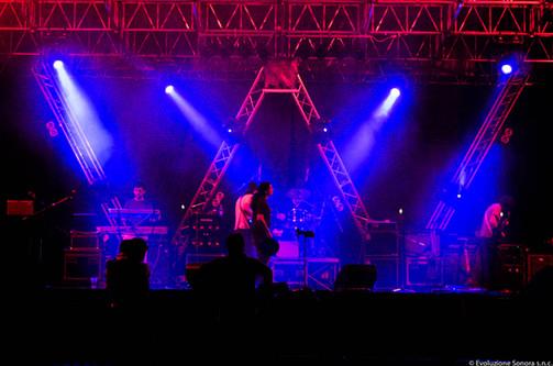Adro Rock 2 2010.jpg