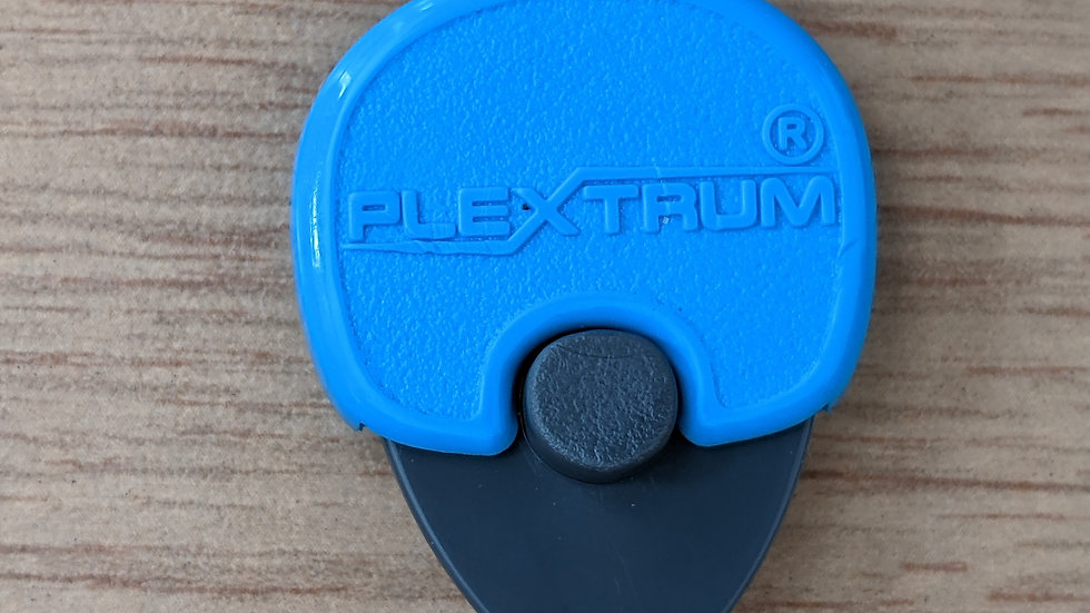 Acetal Plextrum with 0.75 mm Tongue