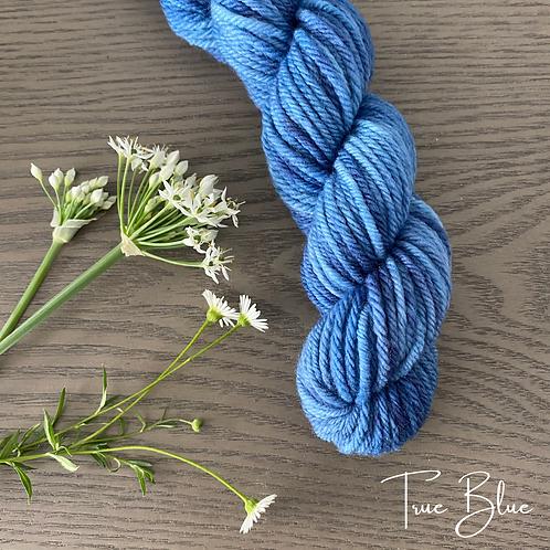 TRUE BLUE White Gum Wool 100g