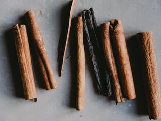 Using Cinnamon Bark and Cinnamon Leaf Essential Oil Safely