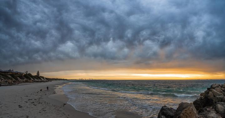 BeachStorm_Pano.jpg