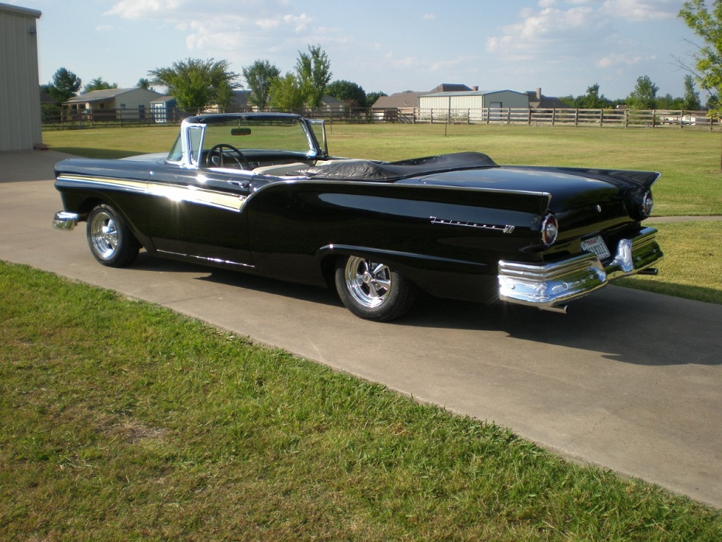 57 fairlane with cragers 1