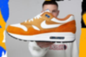 Nike-Air-Max-1-Curry-trainer-main.jpg