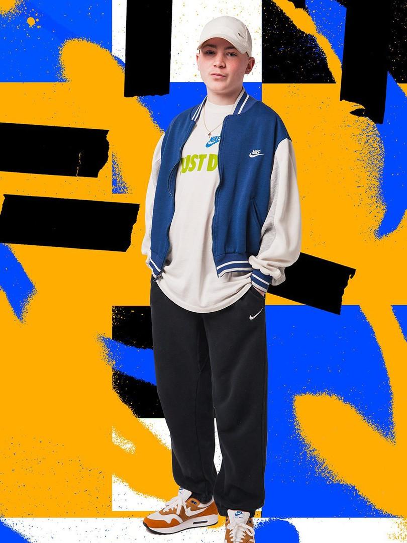 Nike-Air-Max-1-Curry-trainer.jpg