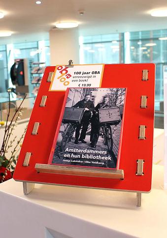 Oba-100jaar-DNC-Boekensteun.jpg