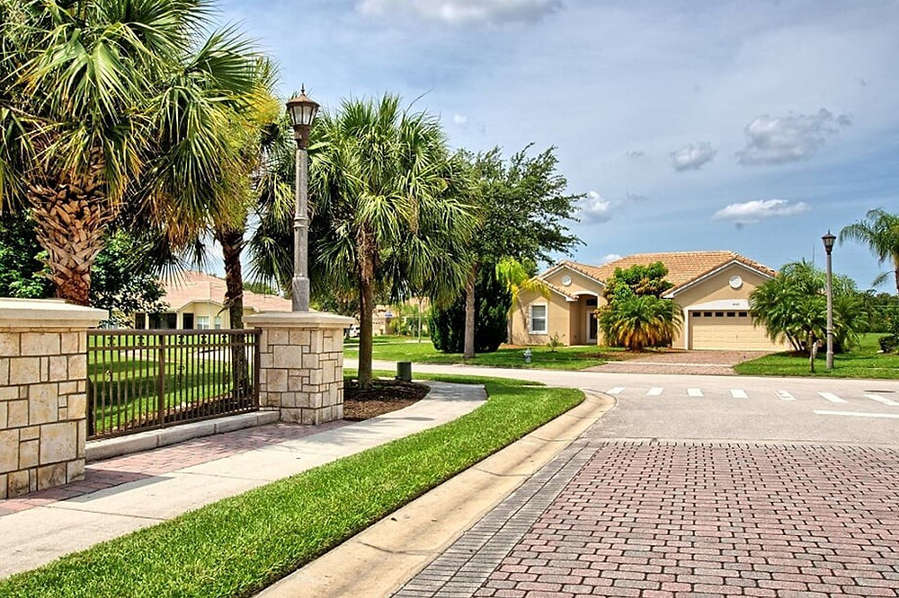 4000 Bougainvillea Place, Kissimmee - Don Asher