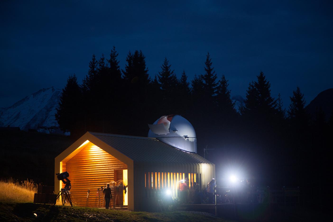 L'observatoire à la nuit tombée
