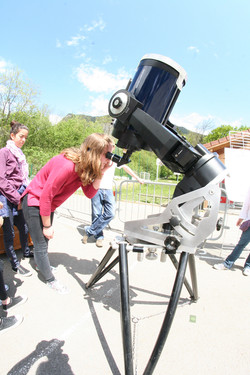 Observation au télescope