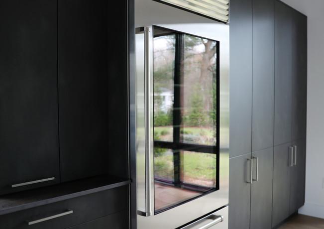 minimalist built-in cabinets.jpg