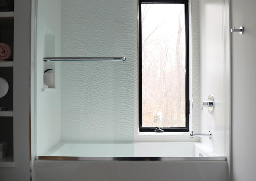FL bath window 3.jpg