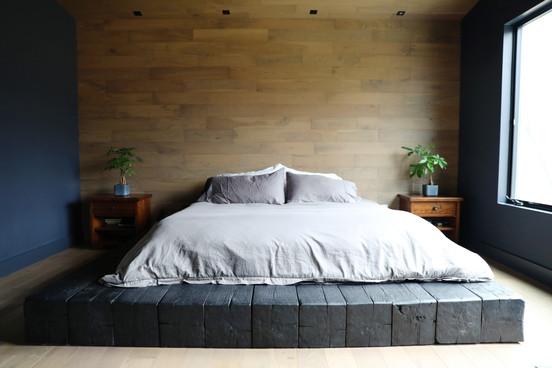 Wood Platform Bedroom.jpg