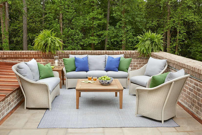 Weekend Retreat Outdoor Seating Collection
