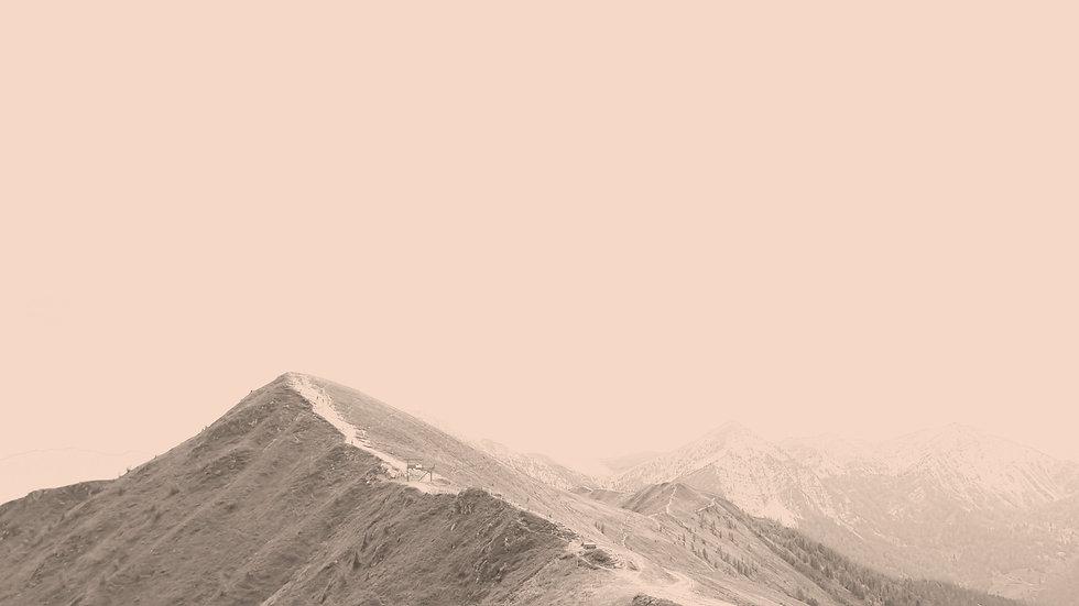 Green Mountains-22_edited.jpg