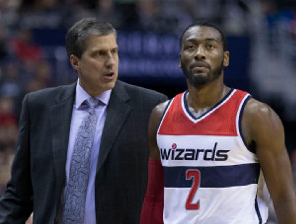 רק לי זה נראה שוול ממש לא מתעניין במה שיש למאמן שלו להגיד?