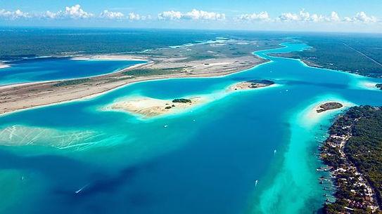 Costa Maya 7 color lagoon.jpg